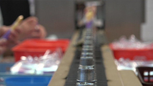 Cosmetics Conveyors and Packaging
