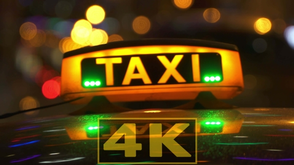 Taxi Drives Off In Night City