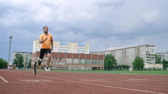 Amputee Blade Runner Finishing Marathon