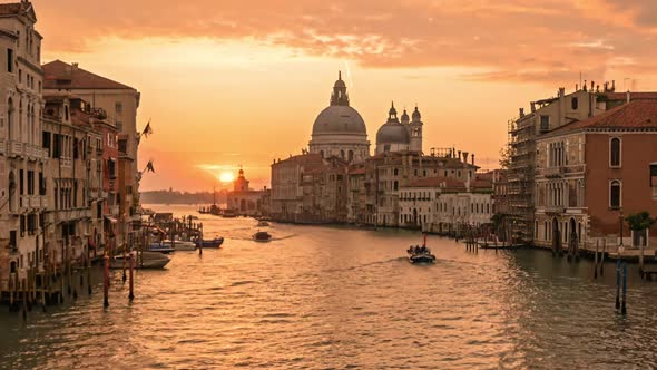Sunrise on Venice Grand Canal Timelapse
