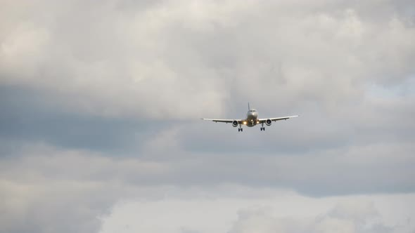 Airliner on Final Approach.