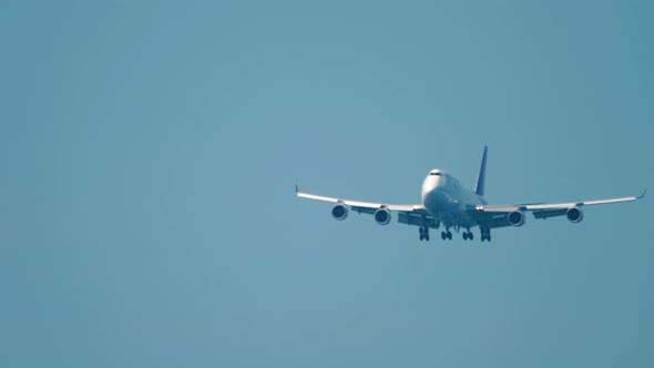 Wide Body Airliner on Final Approach